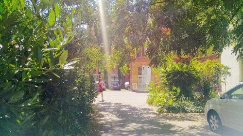 yogatribe - Hof vor dem Studio